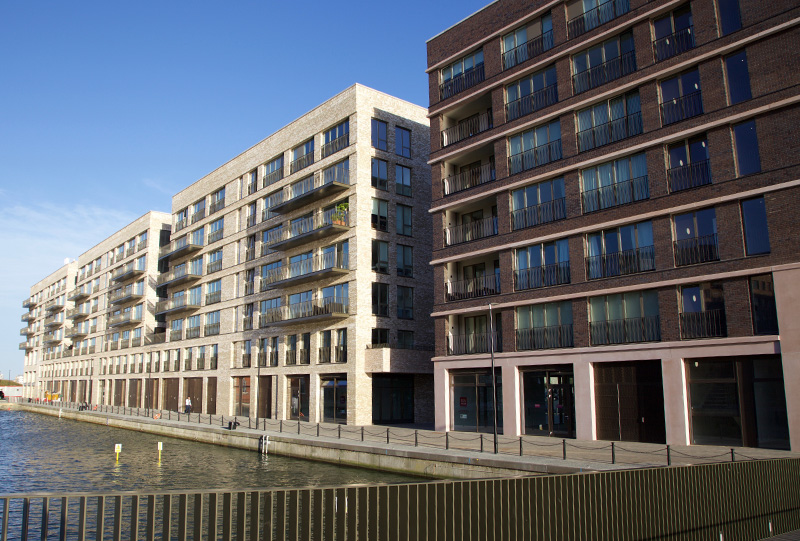 ROYAL ALBERT WHARF 5